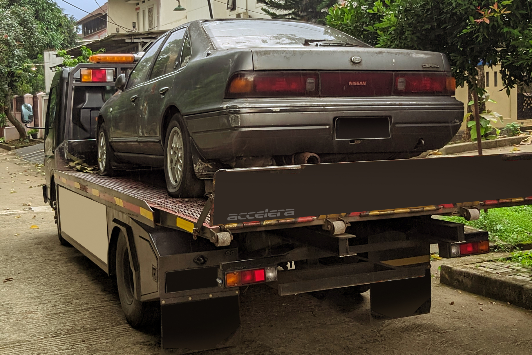 Flatbed Towing Is The Safest Towing