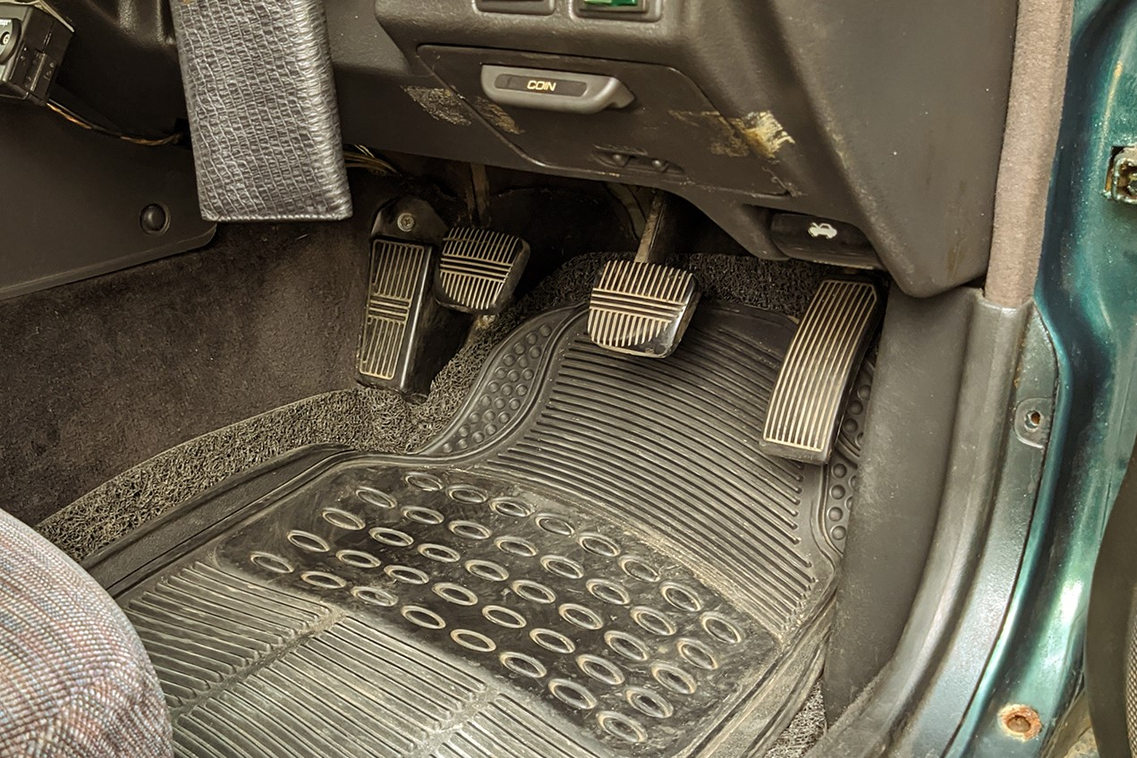 Why Does Your Brake Pedal Vibrate?